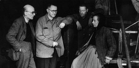 Günümüz Tiyatrosunda Brecht'i Aramak- Süreyya Karacabey